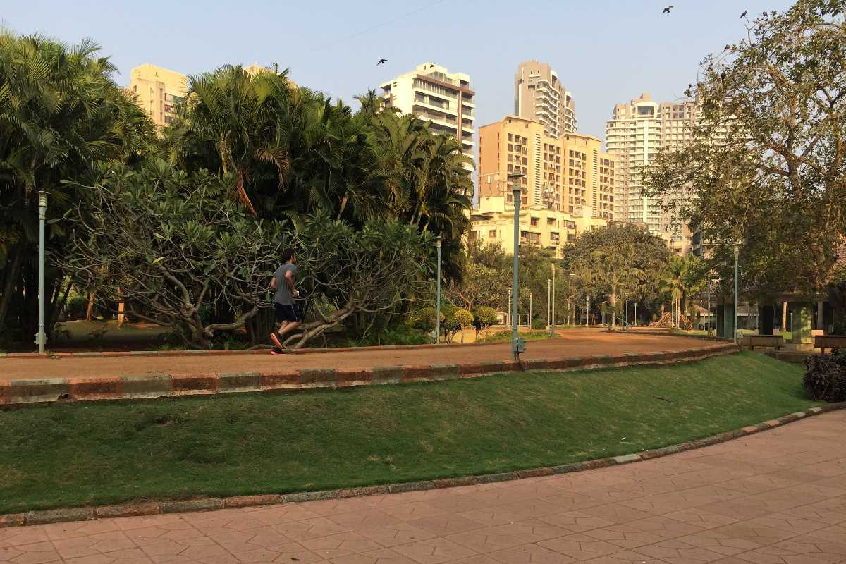 andheri oshiwara garden areas