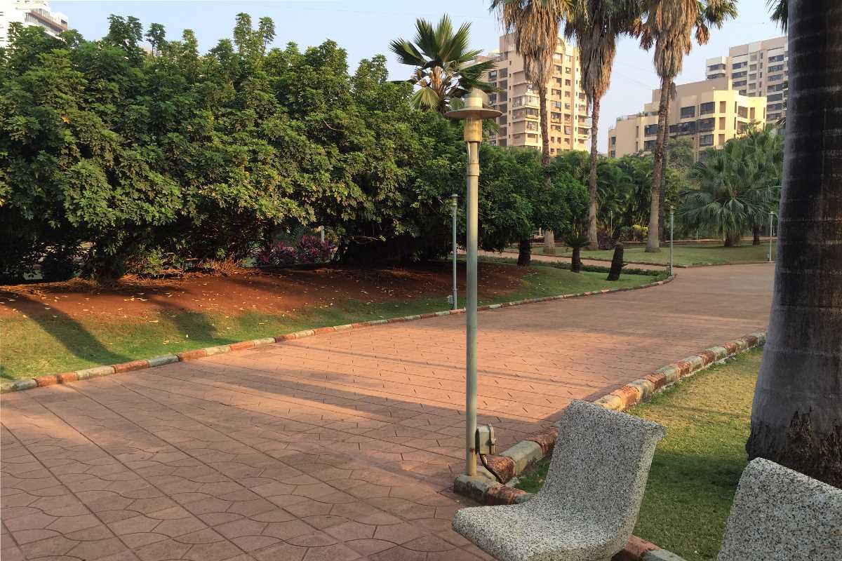 walavalkar garden oshiwara