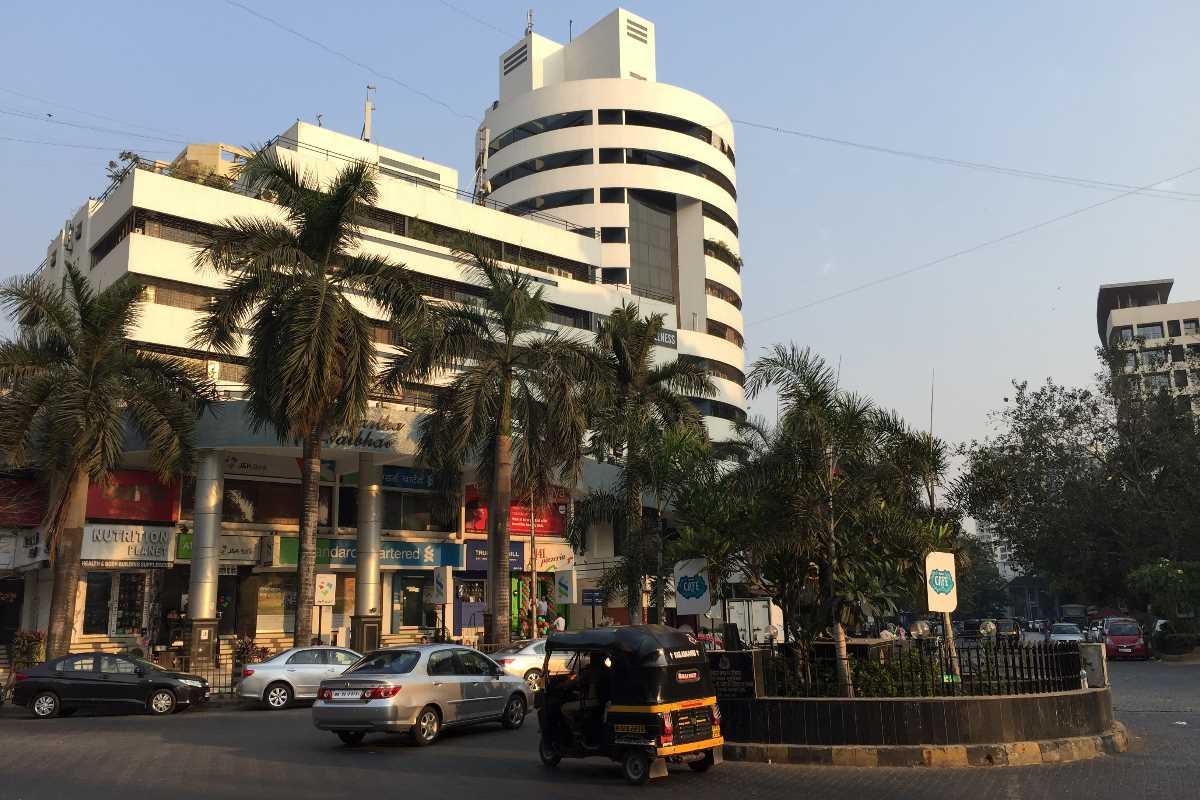 Lokhandwala Circle Houses Residences Agents
