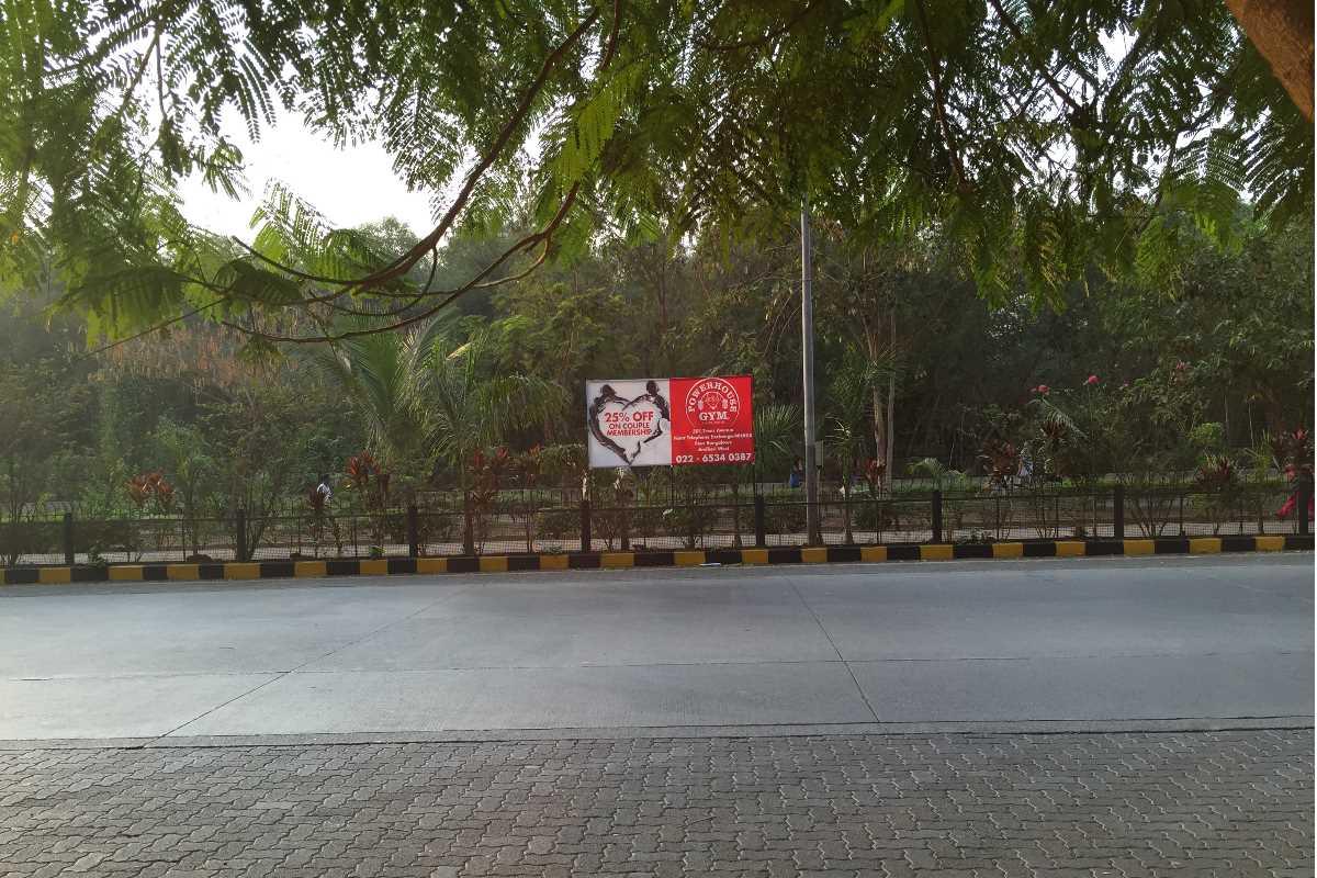 parks gardens in lokhandwala andheri