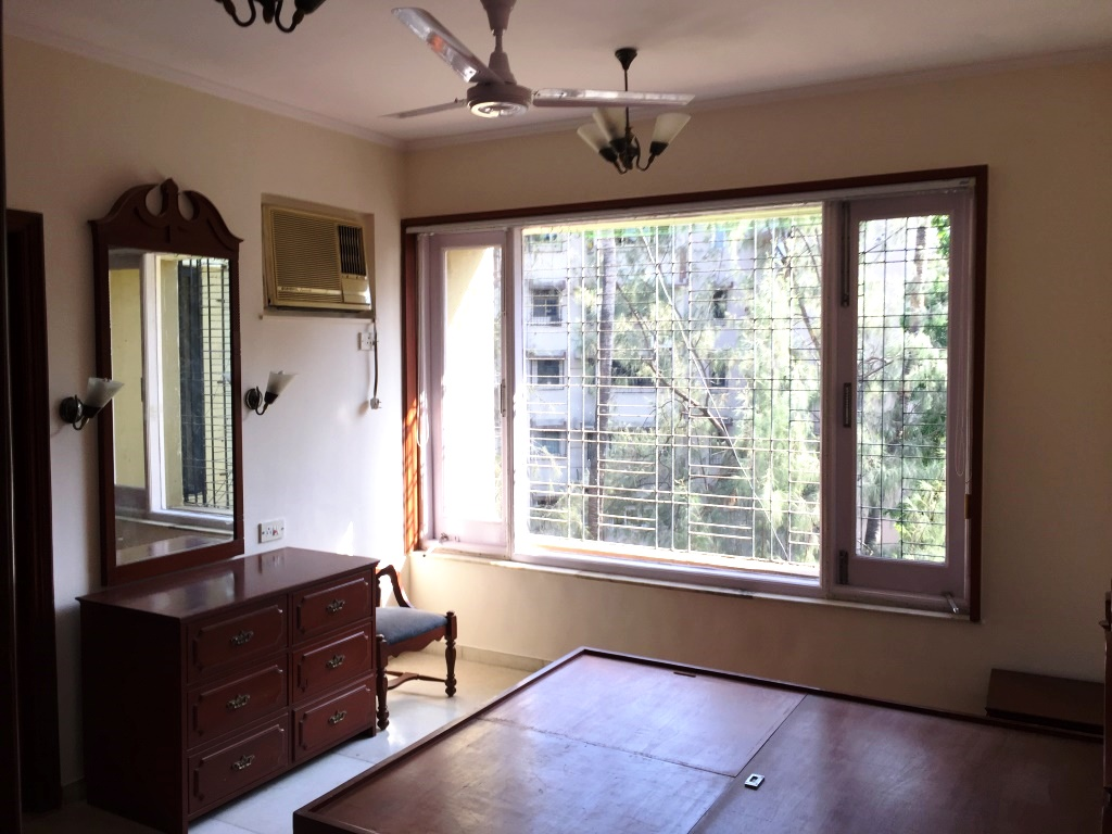 Top Homes in Juhu
