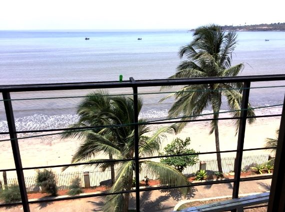 sea facing flats sale mumbai