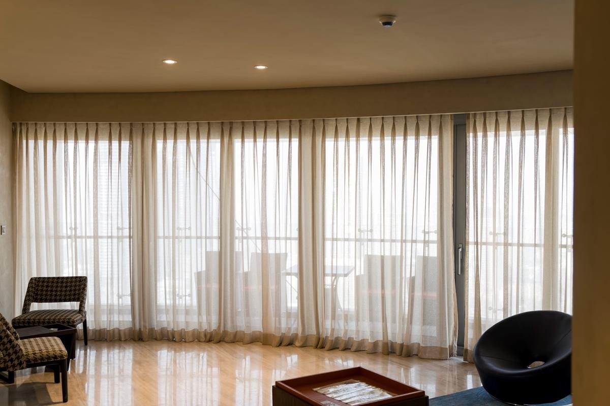 High End Luxury Property Broker