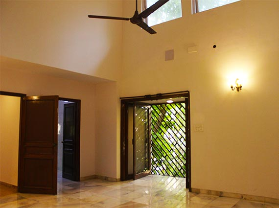 Juhu Fabulous Homes Bungalows Sale