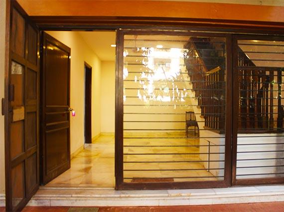 Luxury Properties For Sale in Juhu Mumbai