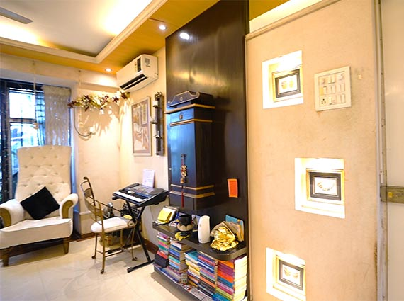 3 BHK Sale in Lokhandwala Mumbai