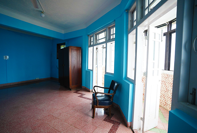 Old Style Apartments Mumbai