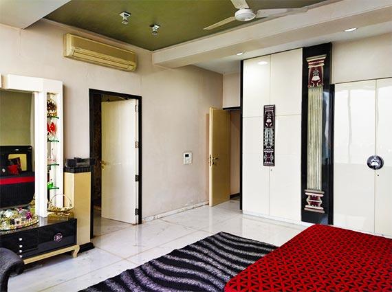 Duplex Penthouse Walkeshwar