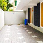 Bungalow Parking Area