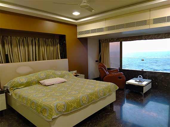 Luxury Sea Facing Condos South Mumbai