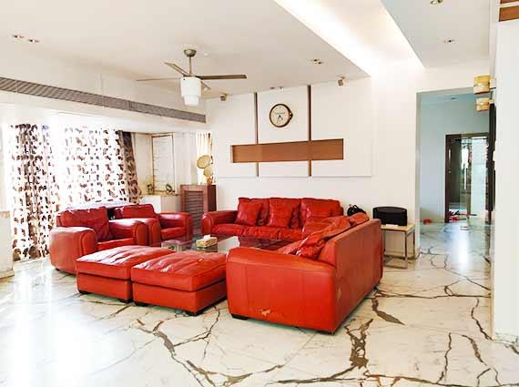 Ekta Empress Khar Apartments Sale
