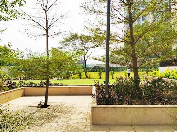 Lodha New Cuffe Parade Amenities Gardens