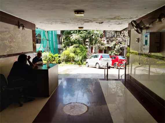 4 bhk Pali Hill home jodi flat