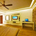 4 bhk khar propety for sale