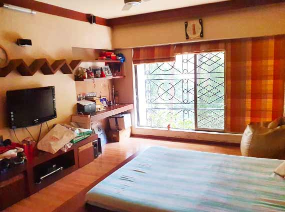khar west large bedrooms