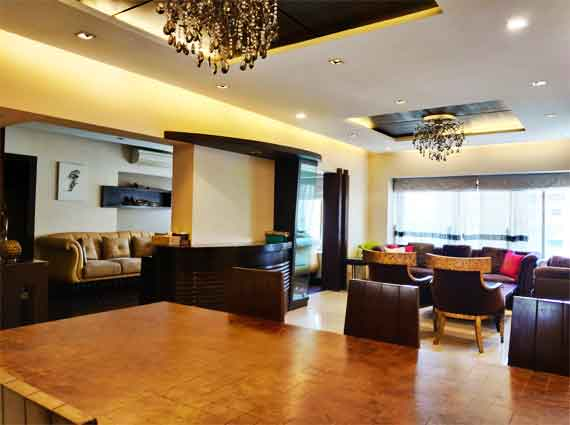 arjuna tower bandra west home duplex 4 bhk