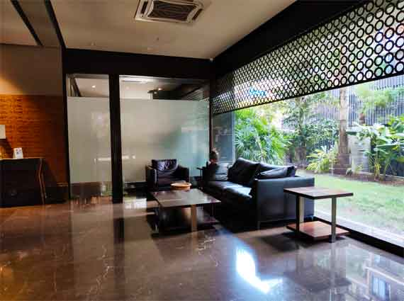 penthouse near national college