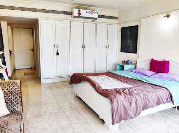 bandra west duplex 4 bhk spacious rooms