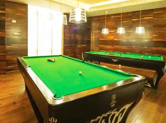 Luxurious Apartments Raheja Vivarea Mahalaxmi