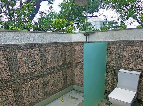Outdoor Shower Villa Alibaug