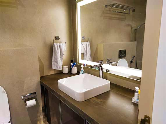spacious property for sale in andheri