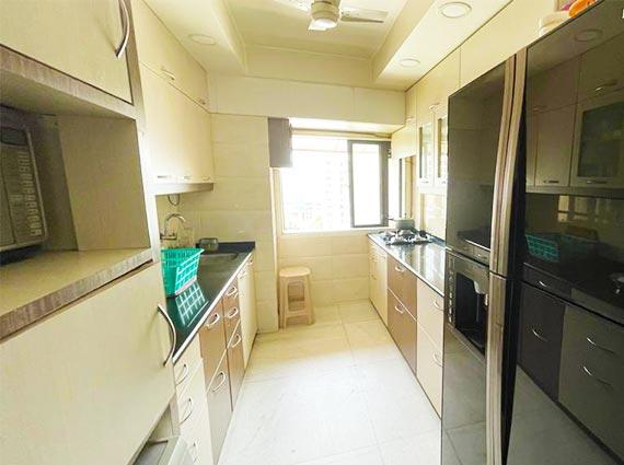 Luxurious 3 BHK Home Available Mumbai