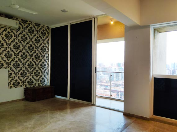 luxurious andheri apartment 4.5 bhk for sale