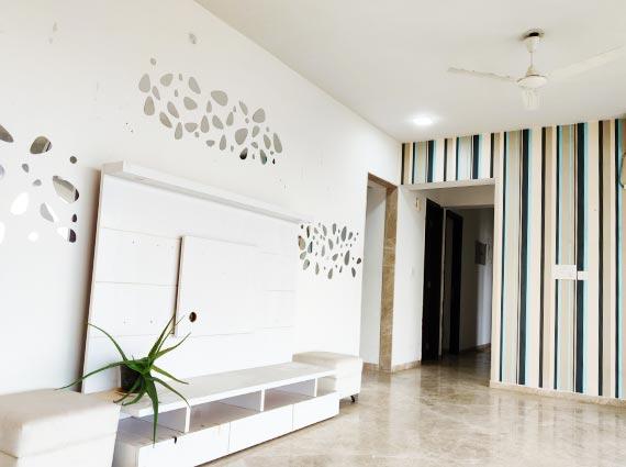 luxurious runwal elegante flat andheri available