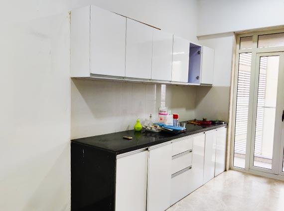 runwal elegante high end apartment andheri on sale