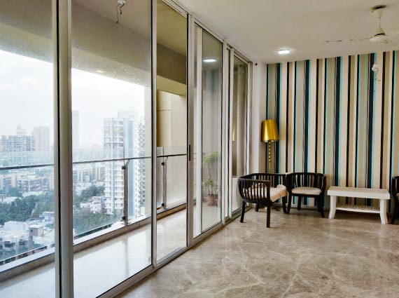runwal elegante 4.5 bhk apartment for sale lokhandwala andheri