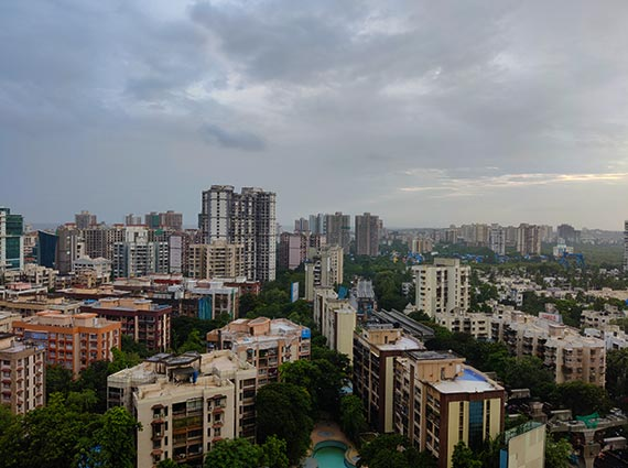 runwal elegant apartment mumbai skyline