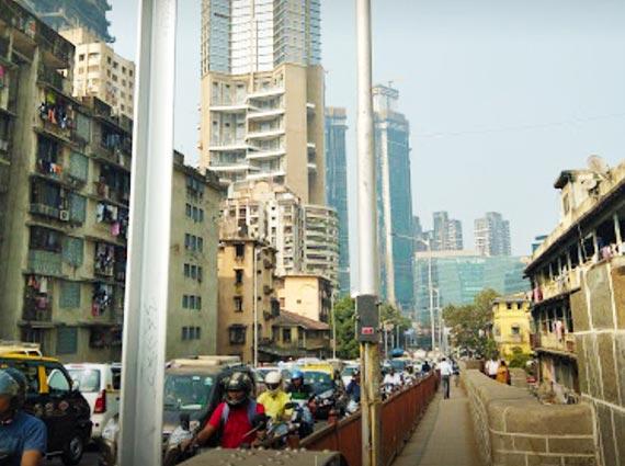 prabhadevi main road view outside property