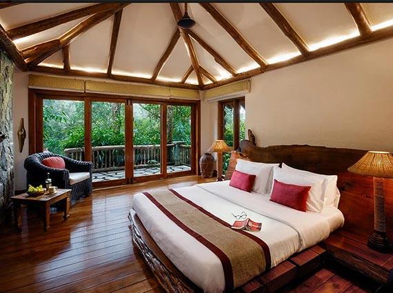 luxurious vacation villa available kerala