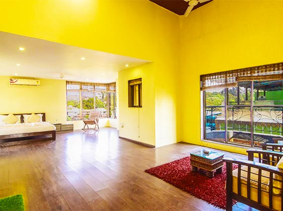 spacious and luxurious high end villa
