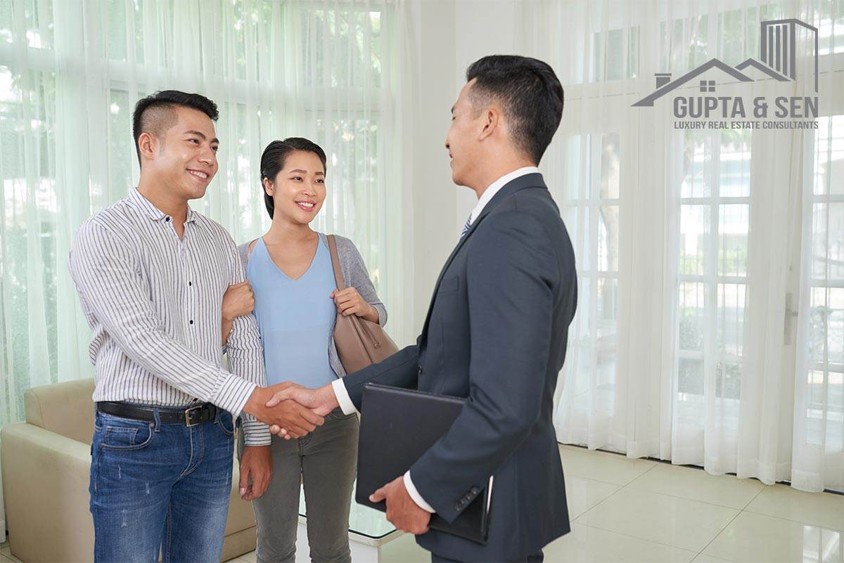 What to Expect Real Estate Agents